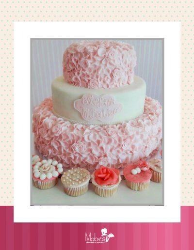 Bautizo (cupcake y rosas)