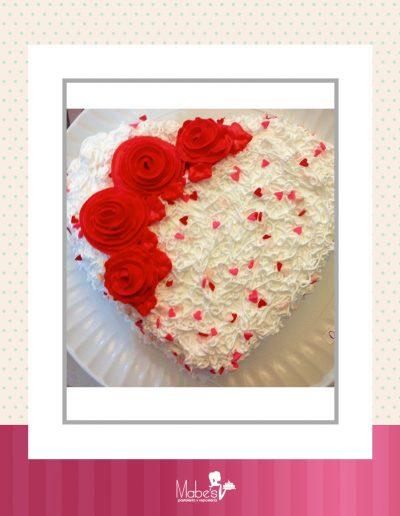 Día de las madres corazón de rosas rojas